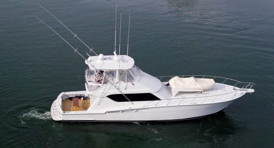 60′ 2001 Hatteras 60 Convertible 'Our Trade'