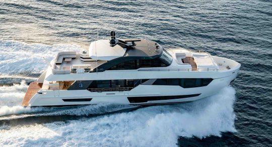 90R 2019 Ocean Alexander Motor Yacht #90R02