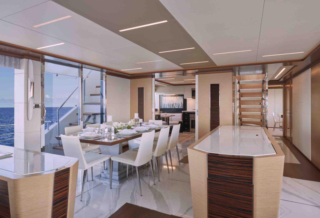 90R 2019 Ocean Alexander Motor Yacht #90R02 - ALEXANDER MARINE USA™