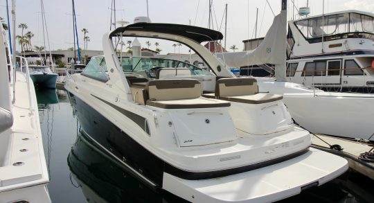 37' 2015 Sea Ray 370 Venture