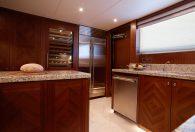 100′ 2019 Ocean Alexander Motor Yacht