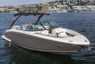 28′ 2018 Regal Bowrider