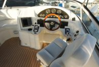 37′ 2003 Cruisers Yachts 3750 AC