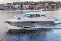44′ 2019 Tiara Coupe