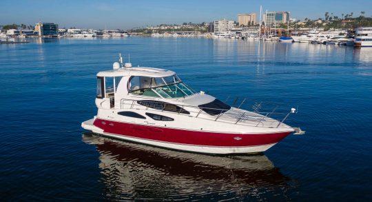 45' 2005 Cruisers Yachts 455 Express Motoryacht