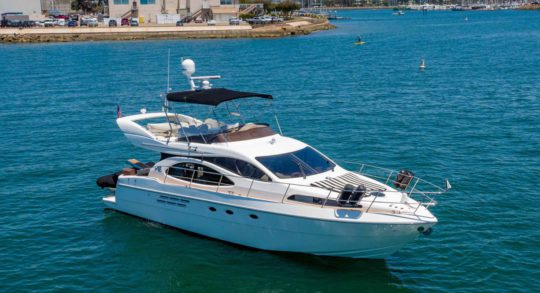 46' 1999 Azimut Flybridge 'NO Limits'