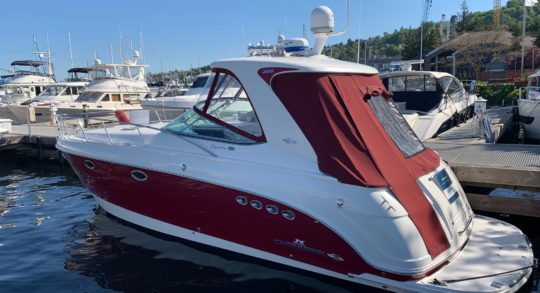 35' 2009 Chaparral 350 Signature