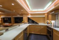 90′ 2001 Sovereign Pilothouse 'One Shot'