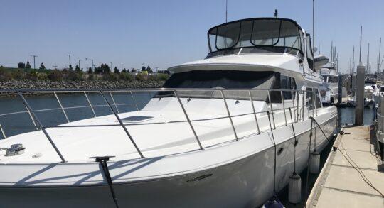 56' 1999 Navigator