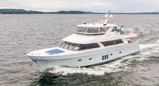 85' 2012 Ocean Alexander